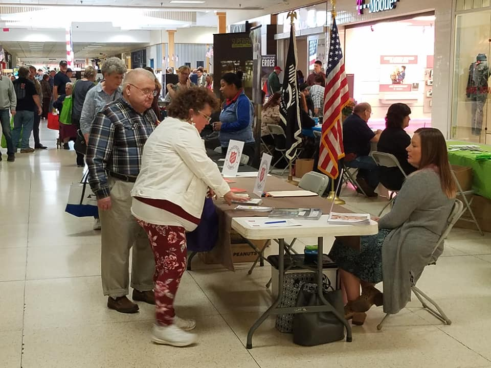 Veterans Expo 2018 vendor and attendees